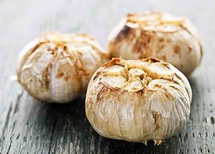 Roasted garlic bulbs