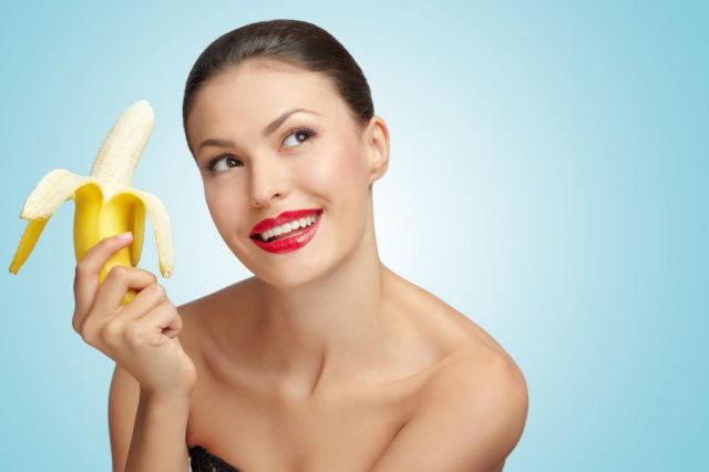 eating-banana-1024x682