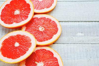Ripe-grapefruit-on-white-boards-opt
