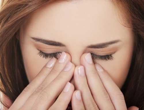 သင့်မျက်လုံးကို ထိခိုက်ပျက်စီးစေတဲ့ သင်လုပ်မိတဲ့အမှား (၅) ခု