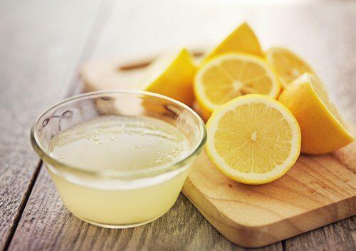 jugo-limon-limones-500x352