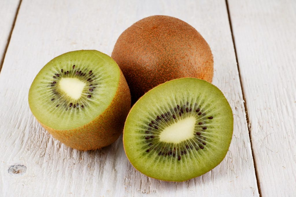 04-Kiwis_Surprising-Energy-Boosters-That-Arent-Coffee_646158013-wmslon