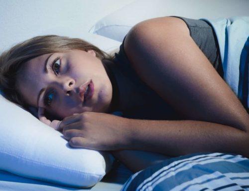 အိပ်နေရင်း အိပ်မက်ထဲ အမြင့်တစ်နေရာက ပြုတ်ကျသလိုမျိုး အပြင်မှာပါ ဖြစ်တဲ့အကြောင်းအရင်းတချို့
