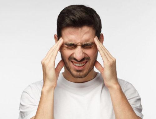 ခေါင်းတစ်ခြမ်းကိုက်ခြင်းဝေဒနာကို သက်သာစေမယ့် အိမ်တွင်းဆေးနည်းများ