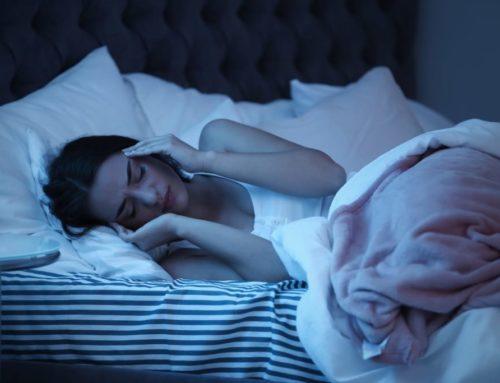 ညဘက် ခေါင်းကိုက် အားနည်းပြီး အိပ်မပျော်တာကို ကုသပေးမယ့် သဘာဝအစားအစာတချို့